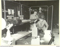 1941-04. AUSTRALIAN MADE 2 LB. ANTI-TANK GUNS AT THE MAJOR CO. ORDIN. CONTRACTORS