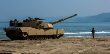 Tanks roll up on Dogu Beach