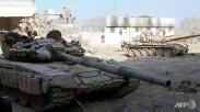 Syrian-Army-tanks-deployed-in-the-Jobar-neighbourhood-of-Damascus-1