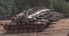 turkish-army-tanks-mass-near-the-border-near-akcakale-turkey